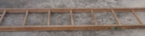 Wooden extension ladder
